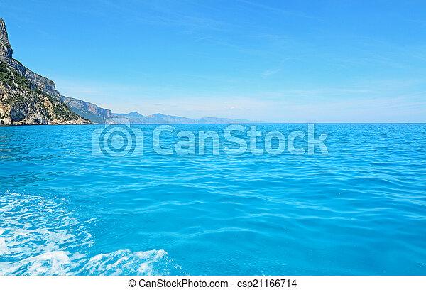 ébred, tenger - csp21166714