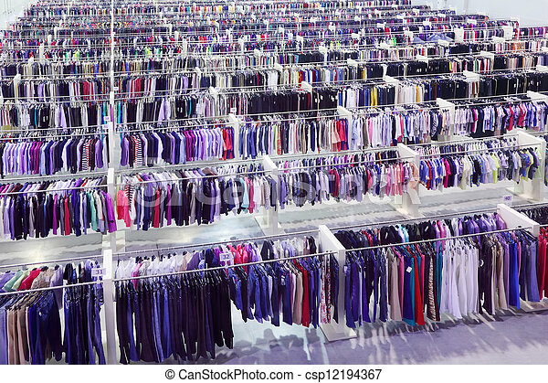 bolt, evez, változatosság, nagy, nagyság, trikó, sok, hirdetmények, öltözet, nadrág - csp12194367