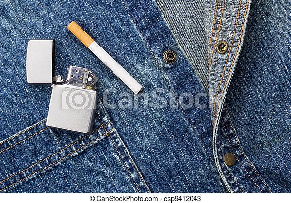 dohányzó, farmeranyag - csp9412043