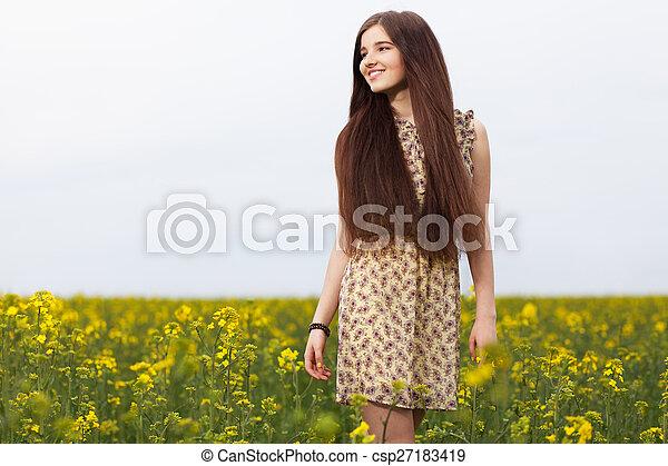 gyönyörű, megfog, nő, fiatal - csp27183419