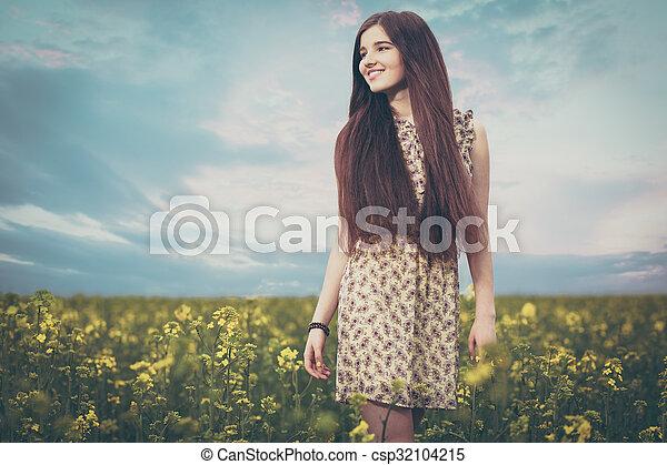 gyönyörű, megfog, nő, fiatal - csp32104215