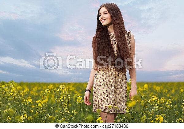 gyönyörű, megfog, nő, fiatal - csp27183436