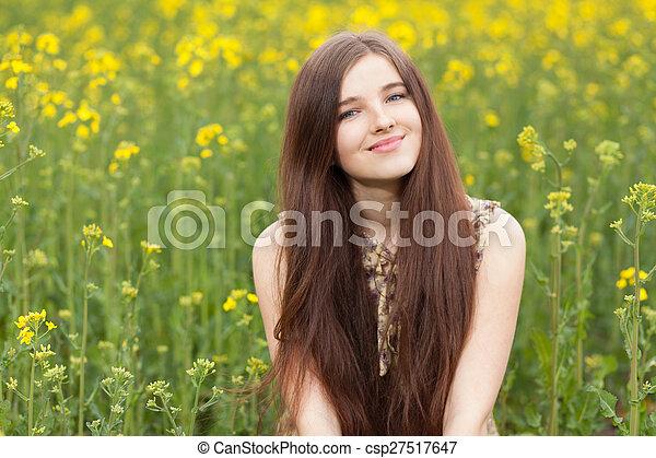 gyönyörű, megfog, nő, fiatal - csp27517647