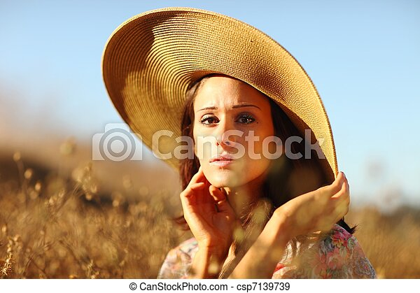 gyönyörű, nyár, nő, fiatal, mező, idő - csp7139739