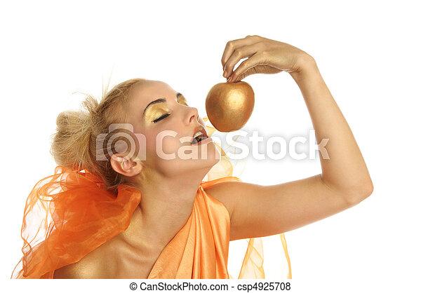 gyönyörű woman, alma, arany - csp4925708
