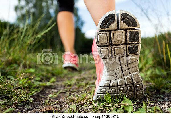 gyalogló, erdő, gyakorlás, futás, kaland, combok, vagy - csp11305218