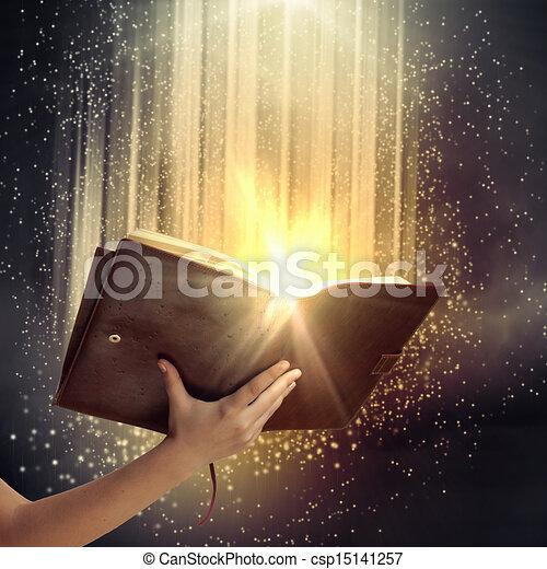 könyv, kéz - csp15141257