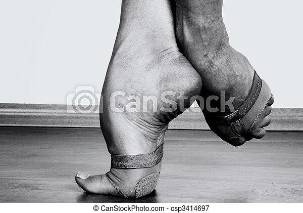 lábak, táncos, kortárs - csp3414697