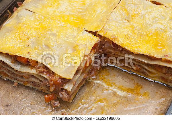 lasagna, finom, darabok - csp32199605
