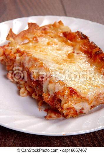 lasagna, finom - csp16657467