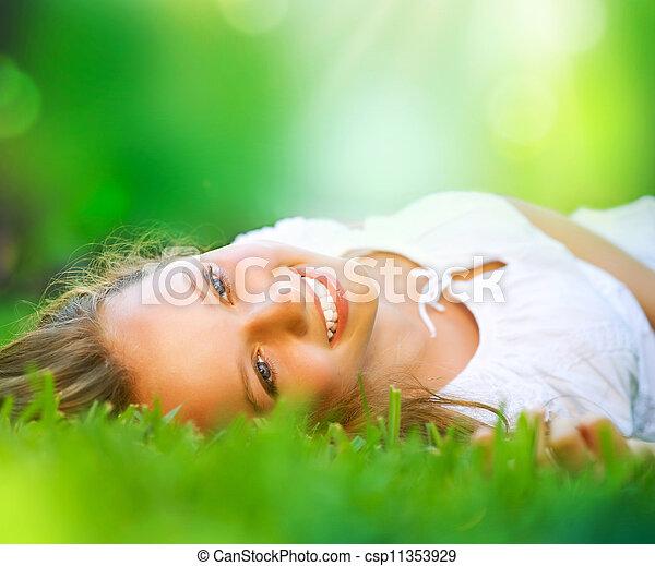 leány, field., boldogság, fekvő, eredet - csp11353929