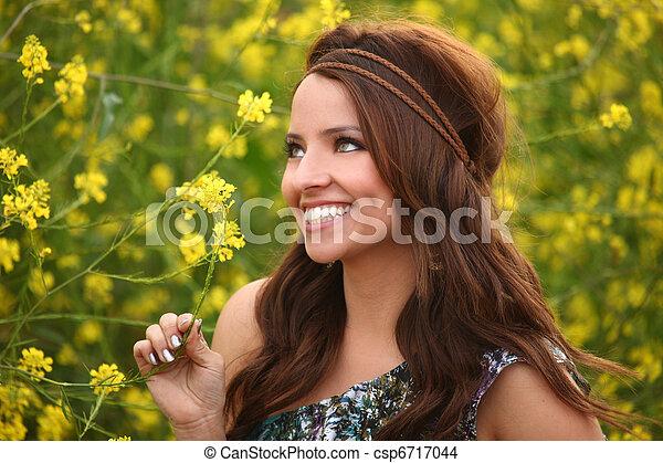mező, leány, virág, meglehetősen - csp6717044