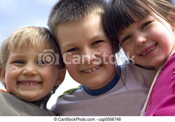 mosolygós, gyerekek - csp0506748