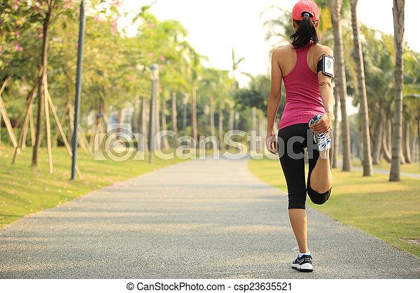 nő, futó, feláll, meleg, külső - csp23635521