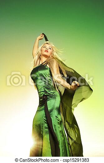 nő, napvilág, gyönyörű - csp15291383