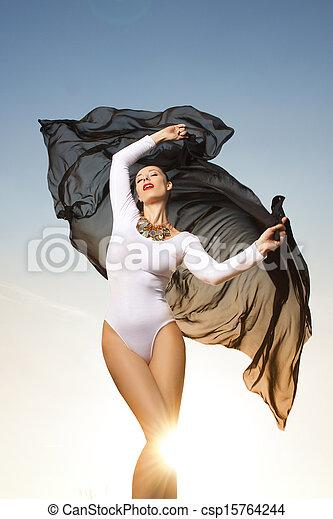 nő, napvilág, tánc, gyönyörű - csp15764244