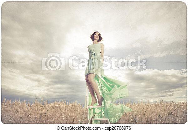 nő, ruha, zöld, gyönyörű - csp20768976