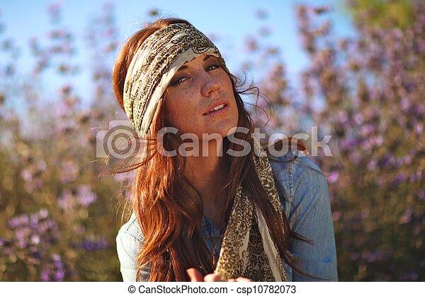 nő, summertime idő, mező, gyönyörű - csp10782073