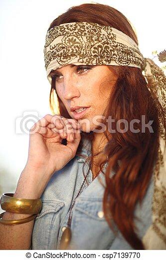 nő, summertime idő, mező, gyönyörű - csp7139770