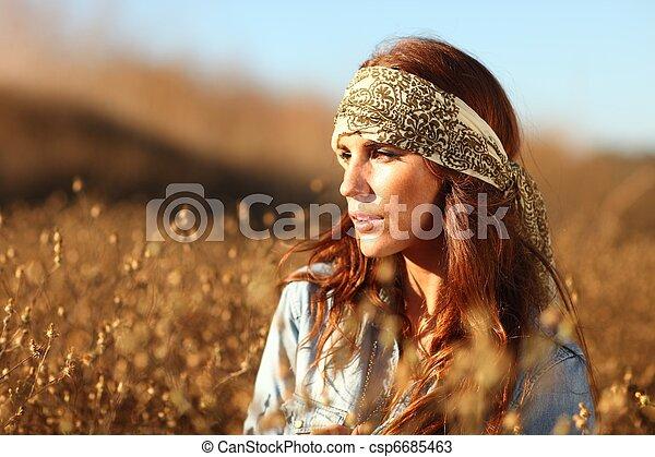 nő, summertime idő, mező, gyönyörű - csp6685463