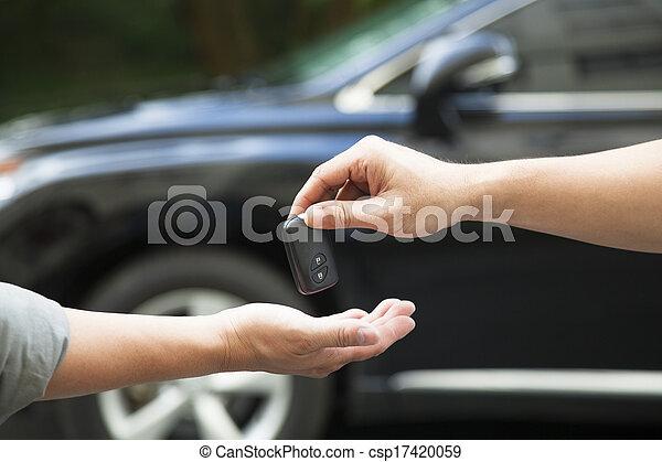 odaad, autó, felfogó, kulcs, kézbesít - csp17420059