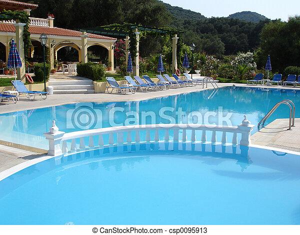 szálloda tavacska, úszás - csp0095913