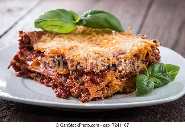 tányér, lasagna, házi készítésű - csp17241167