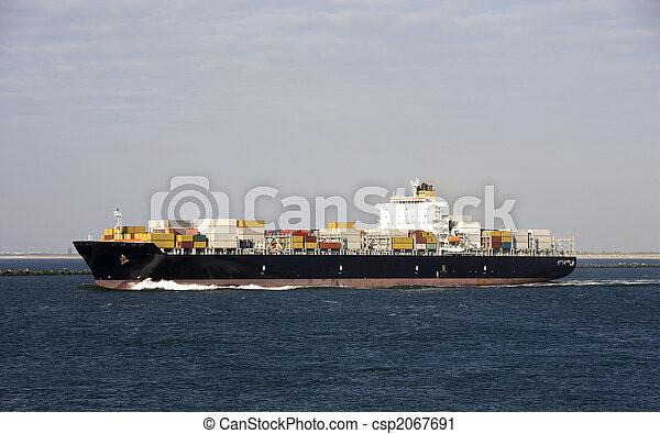 tároló hajó - csp2067691