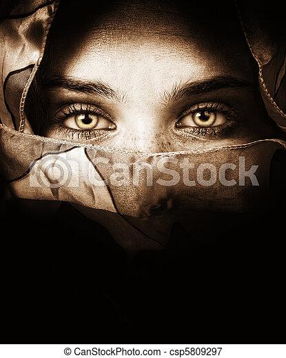 titokzatos, szemek, nő, érzéki - csp5809297