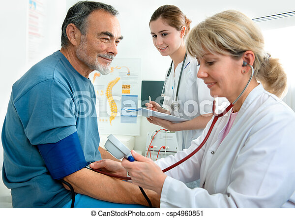 vizsgálat, orvosi - csp4960851